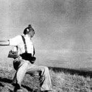 Estudio de Fotografía: Muerte de un miliciano