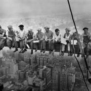 La verdadera historia de la fotografía de los obreros de Nueva York